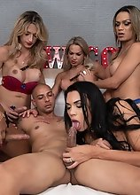Alice Marques, Bianca Reis, Juliana Leal, Nanda Molinari & Pamela Levinsky Use A Muscular Stud In This Hot Bareback Gangbang Orgy!
